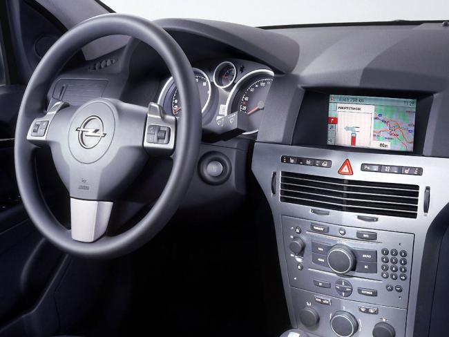 Interieur_Opel-Astra_61