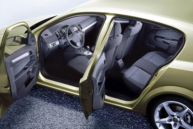 Interieur_Opel-Astra_62