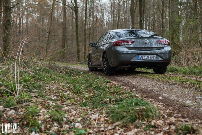 Exterieur_Opel-Insignia-Grand-Sport-1.5-Turbo_12