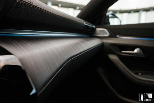Interieur_Peugeot-508-Break_34
