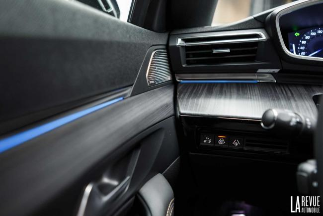 Interieur_Peugeot-508-Break_33