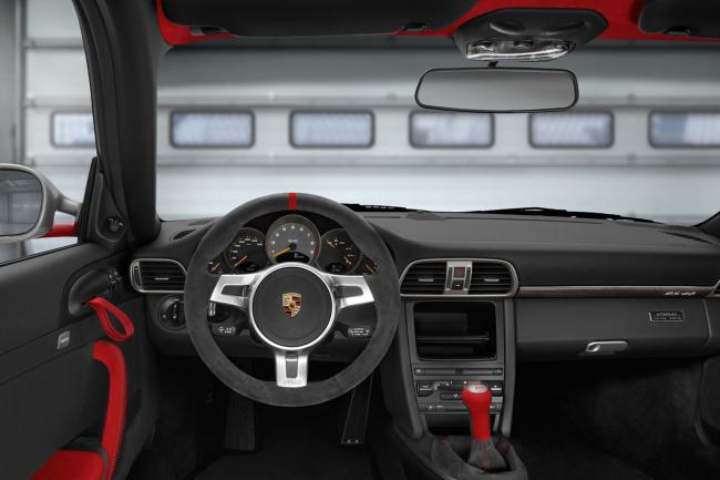 Interieur_Porsche-911-GT3-RS-4-0_5