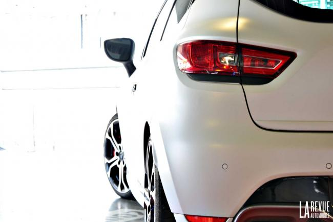 Galerie Renault Clio-RS-Trophy-220-EDC