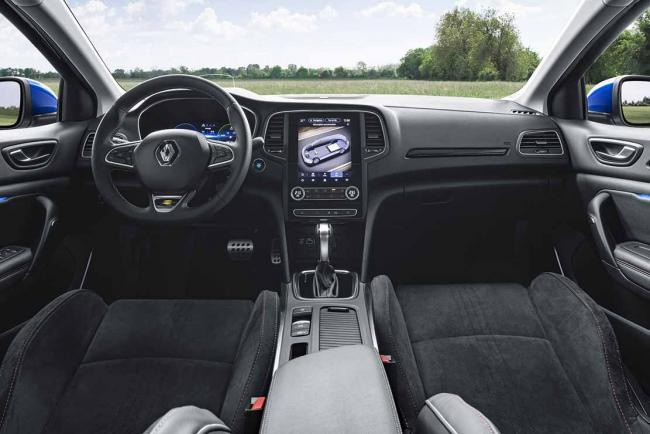 Interieur_renault-megane-e-tech-plug-in-hybrid-le-break-megane-hybride-rechargeable_0