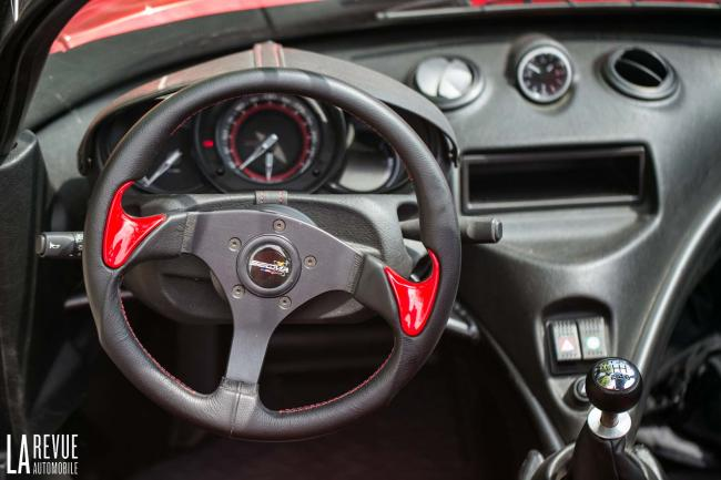 Interieur_Secma-F16-Turbo_35