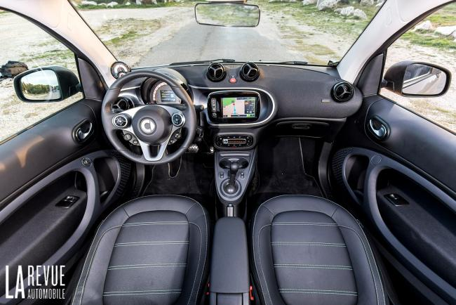 Interieur_Smart-EQ-Fortwo-2018_17
