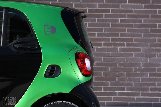 Exterieur_Smart-ForTwo-Electric-Drive-2017_11