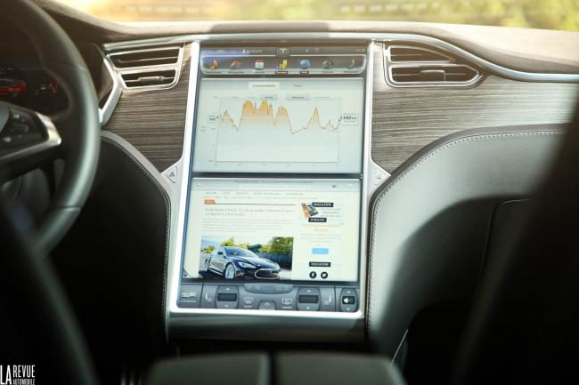 Interieur_Tesla-Model-S-P85D_53