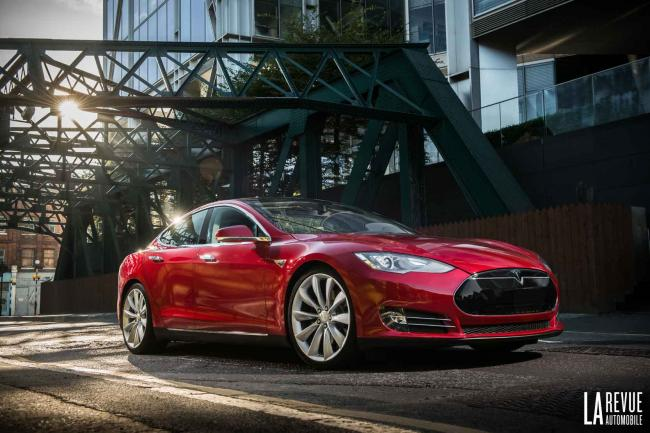 Tesla l amerique electrise l automobile