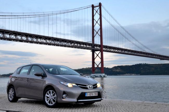 Serie speciale toyota auris feel