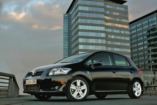 Photos toyota auris