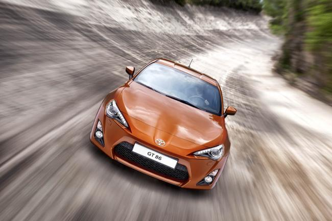 Toyota devoile sa serie limitee gt86 carbon edition