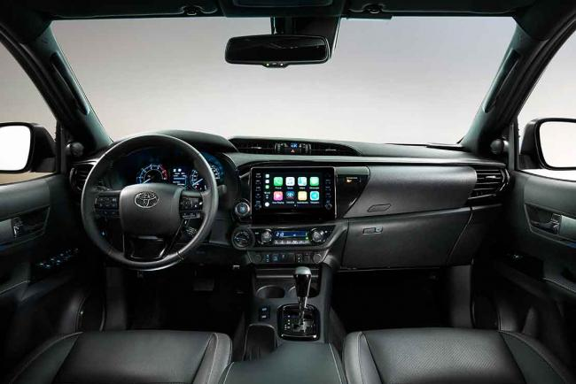 Interieur_toyota-hilux-invincible-le-nouveau-pick-up-2020_0