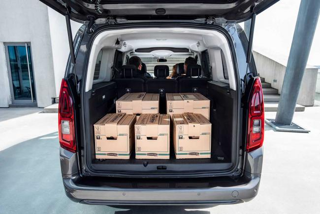 Interieur_toyota-proace-city-verso_1
