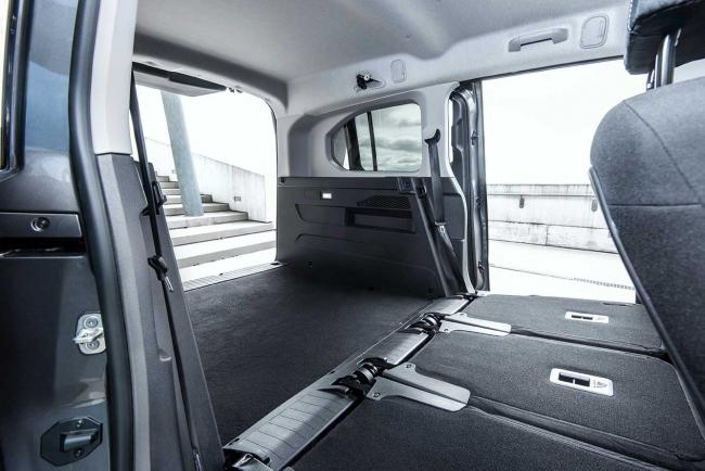 Interieur_toyota-proace-city-verso_2