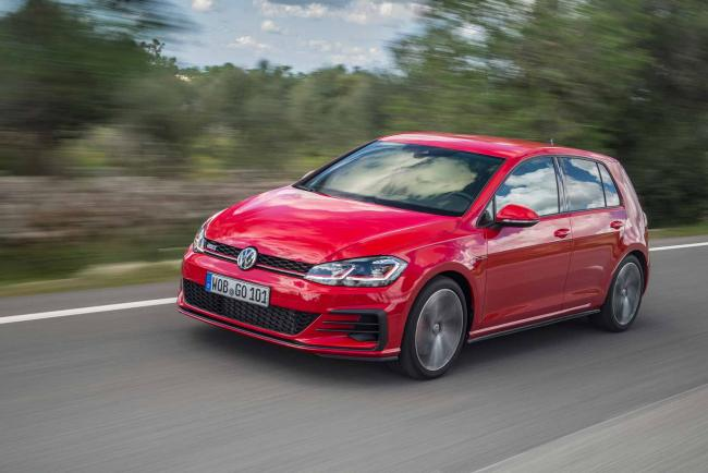 Exterieur_Volkswagen-Golf-GTI-Performance_4