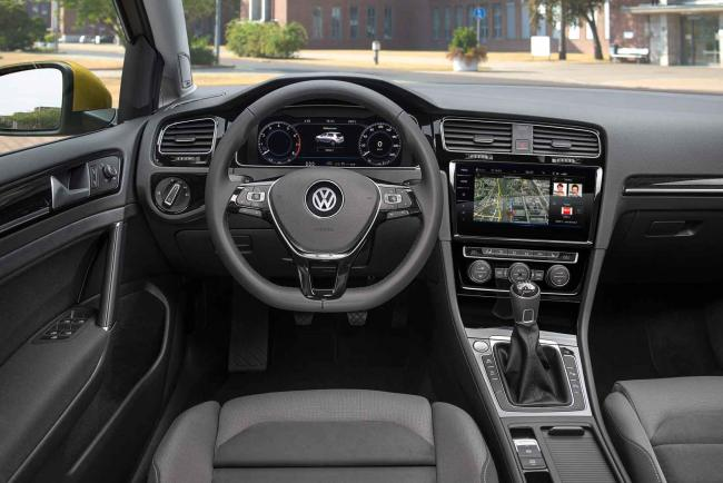 Interieur_Volkswagen-Golf-TDI_20