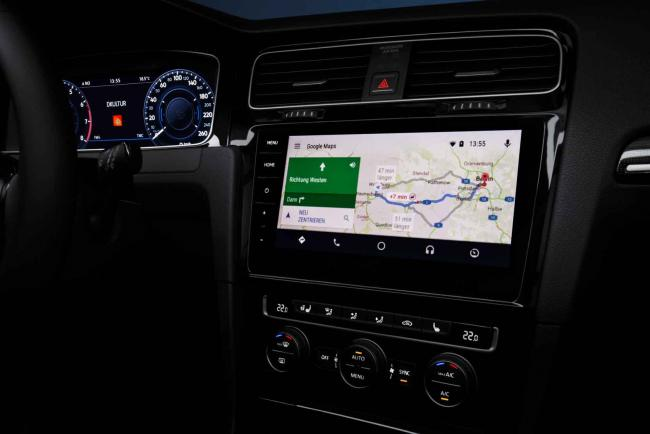 Interieur_Volkswagen-Golf-TDI_18