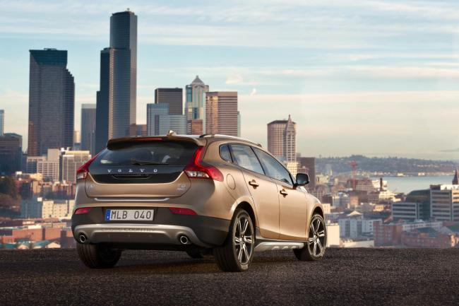 Exterieur_Volvo-V40-Cross-Country_12