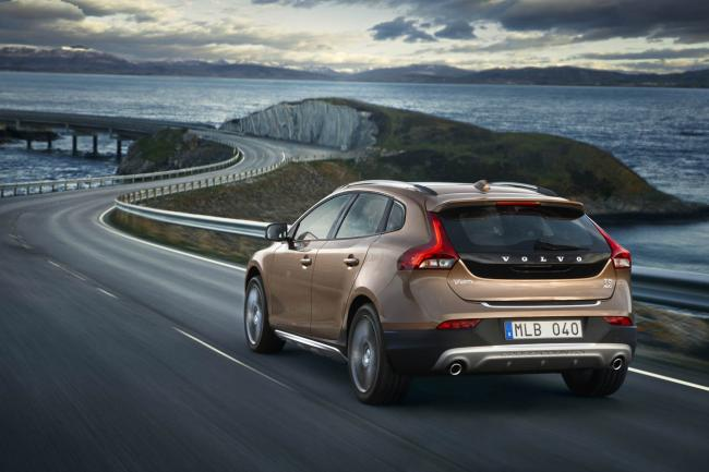 Exterieur_Volvo-V40-Cross-Country_11