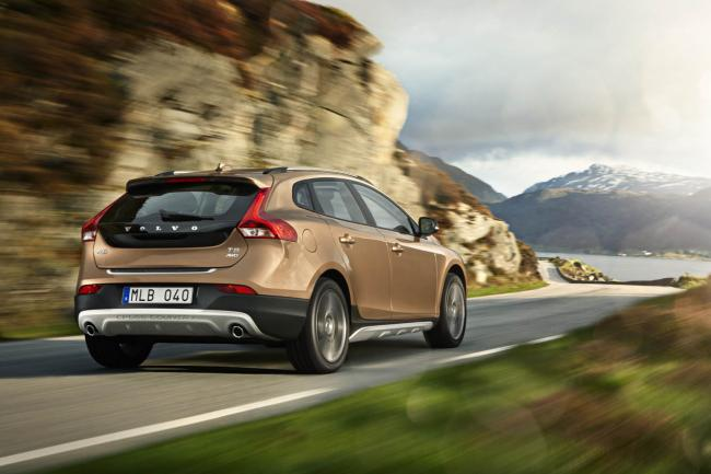 Exterieur_Volvo-V40-Cross-Country_17