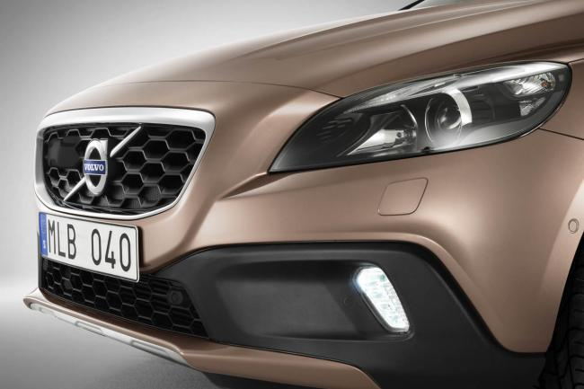 Exterieur_Volvo-V40-Cross-Country_16
