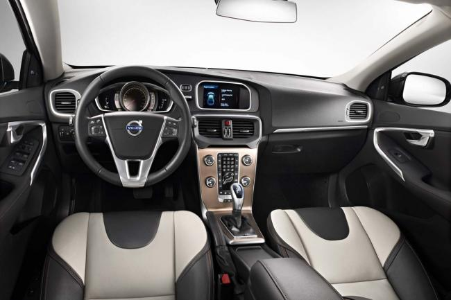 Interieur_Volvo-V40-Cross-Country_26