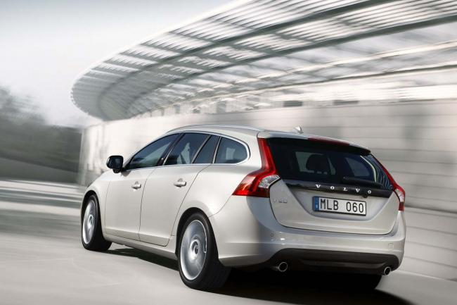 Volvo v60 hybride rechargeable a 60 000