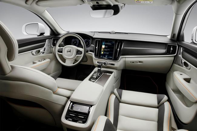 Interieur_Volvo-V90-Cross-Country-Ocean-Race_23