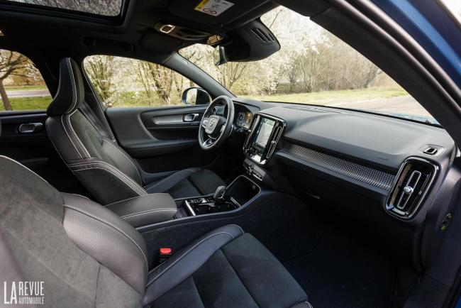 Interieur_volvo-xc40-t5-twin-engine-essai_2
