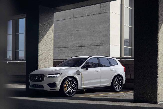 Exterieur_volvo-xc60-recharge-le-suv-hybride-rechargeable_2