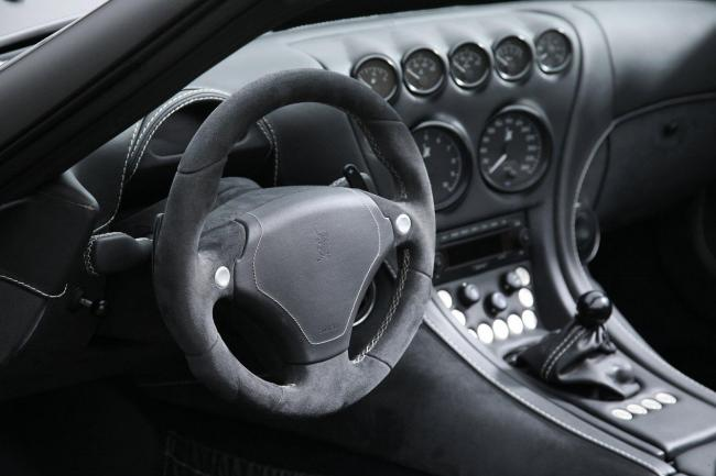 Interieur_Wiesmann-MF5-V10-Black-Bat_15