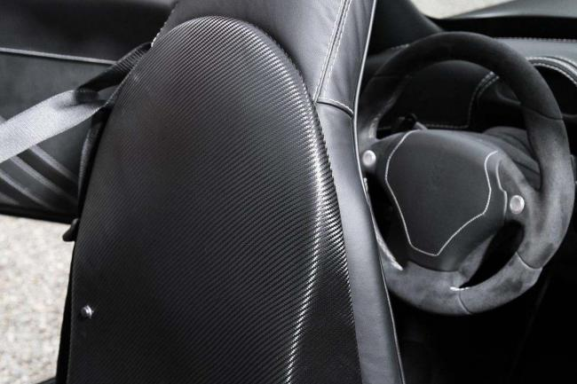 Interieur_Wiesmann-MF5-V10-Black-Bat_14
