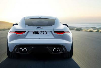 Exterieur_jaguar-f-type-r-dynamic-black-le-millesime-2022-ultra-chic_0