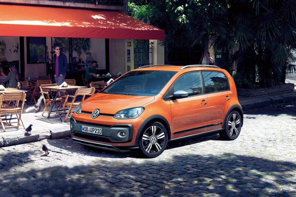 volkswagen cross up 2017 tarifs a partir de 15 800 euros. Black Bedroom Furniture Sets. Home Design Ideas