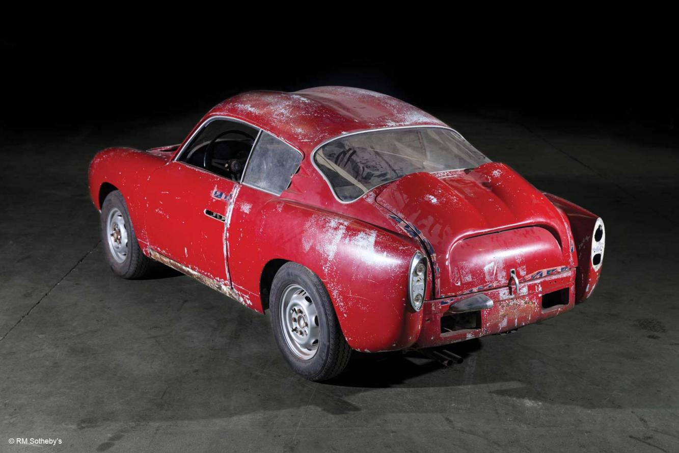 Exterieur_Abarth-750-GT-by-Zagato_4