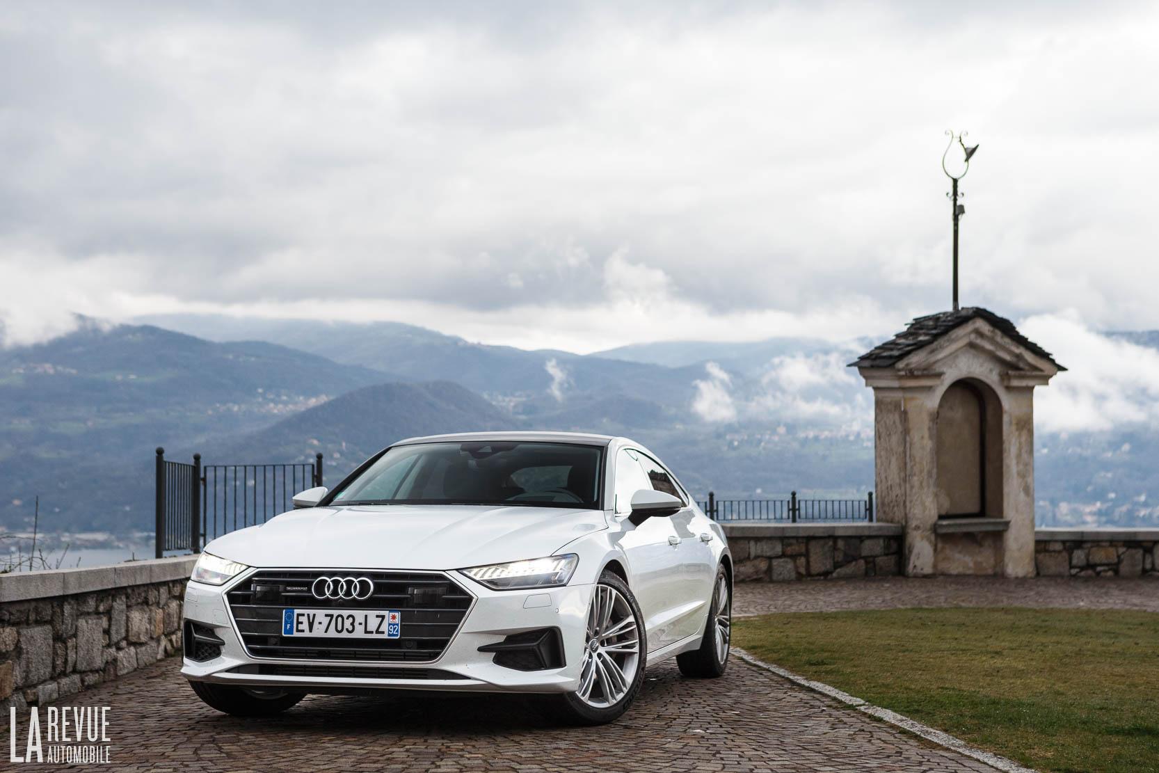 Audi A7 Sportback 55 TFSI millesime 2018 de couleur blanche