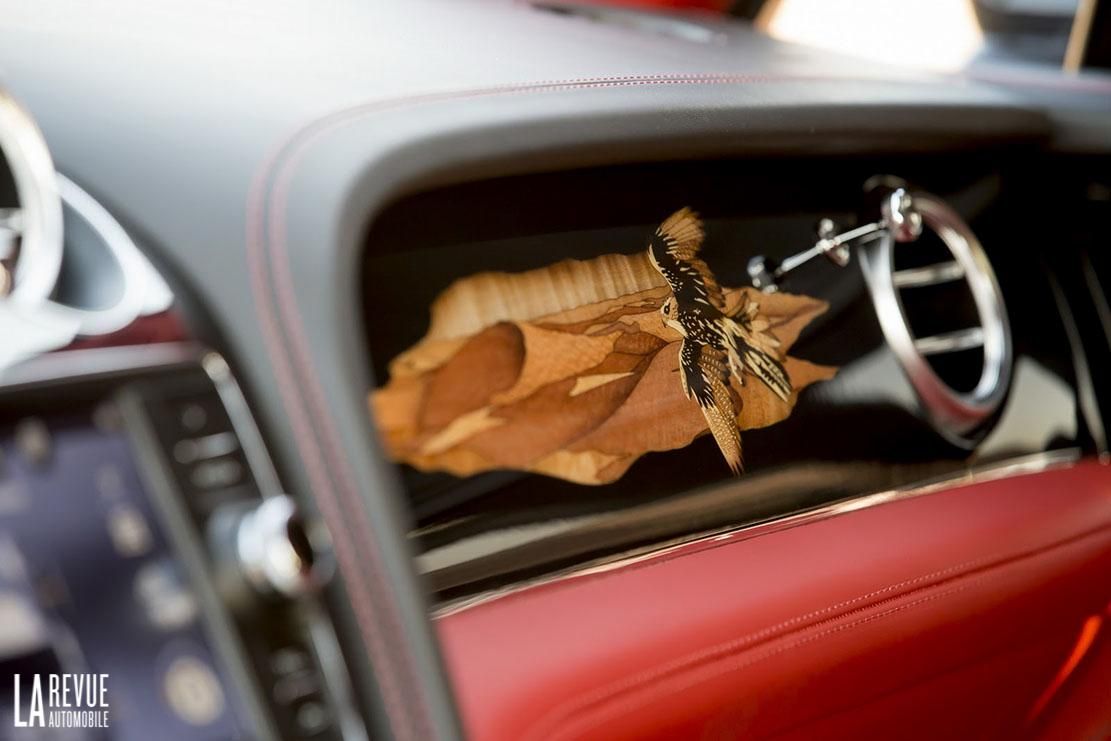 Interieur_Bentley-Bentayga-Falconry_29