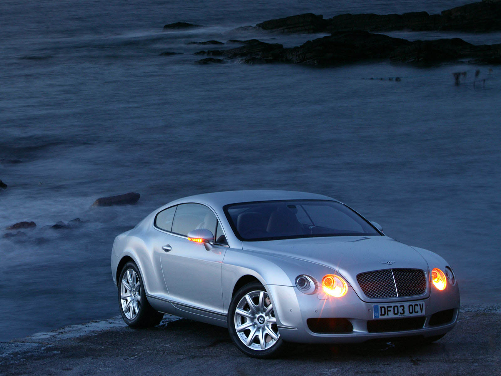 Exterieur_Bentley-Continental-GT_8