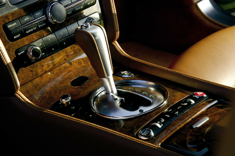Interieur_Bentley-Continental-GT_40