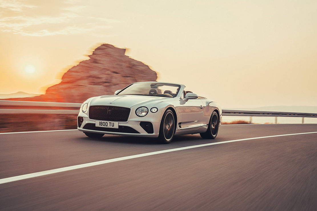 Exterieur_Bentley-Continental-GTC-2019_0