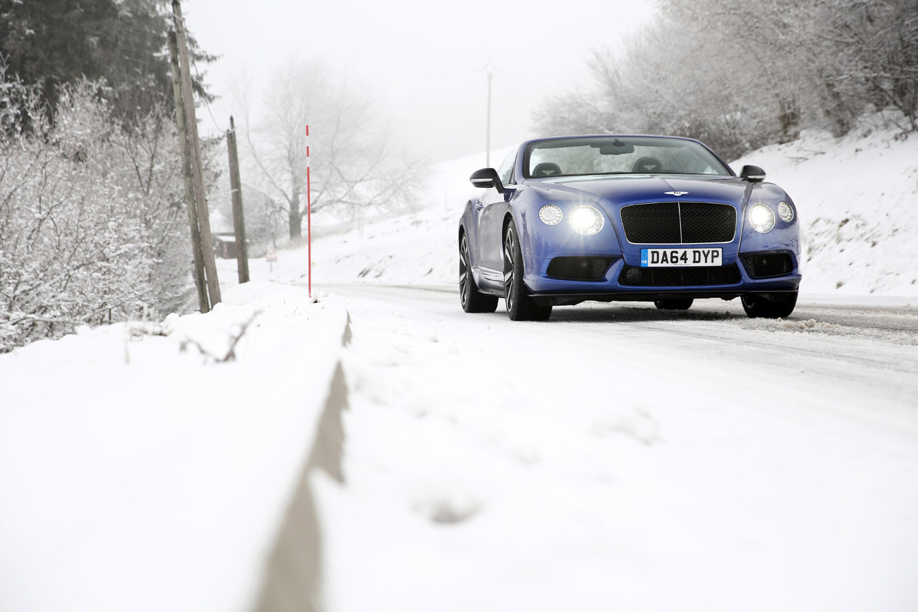 Galerie Bentley Continental-GTC-V8-S