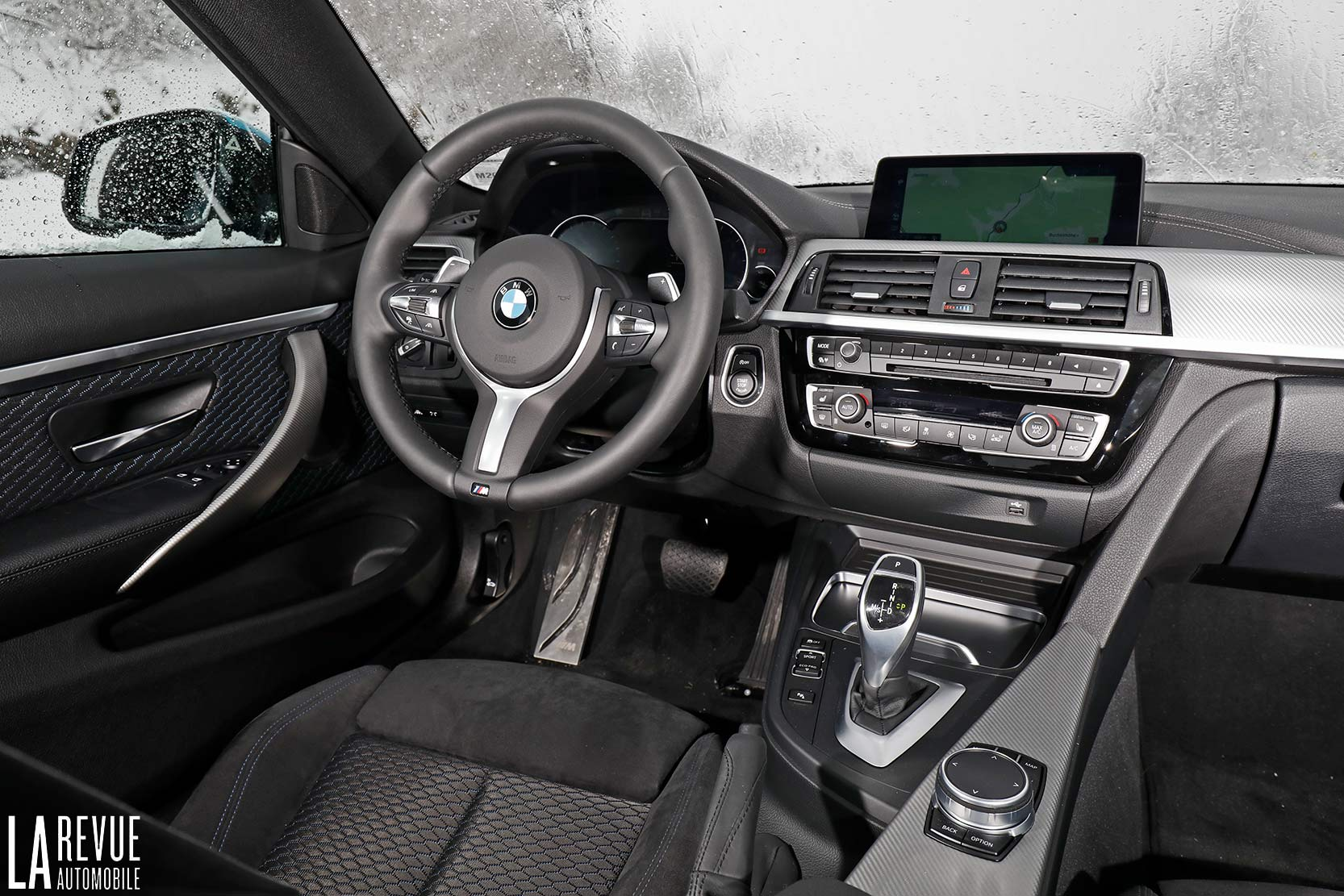 Interieur_Bmw-440i-coupe-2017_29