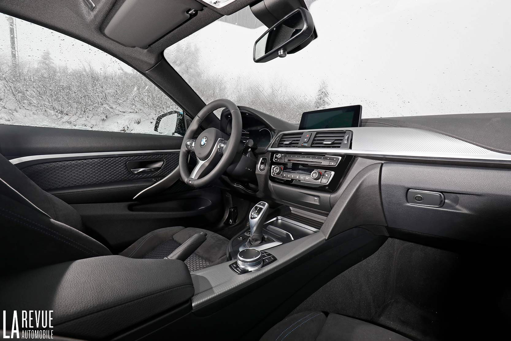 Interieur_Bmw-440i-coupe-2017_27