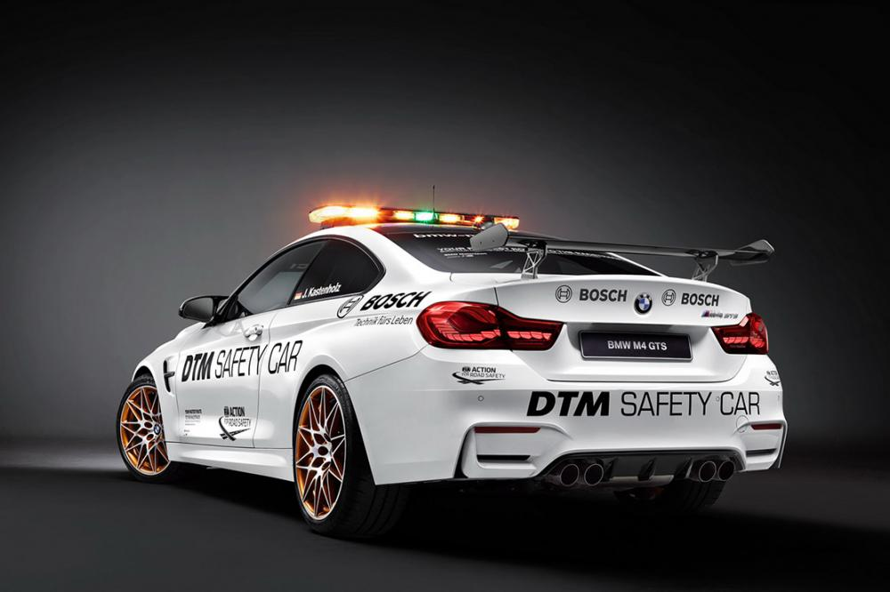 Exterieur_Bmw-M4-GTS-DTM-Safety-Car_10