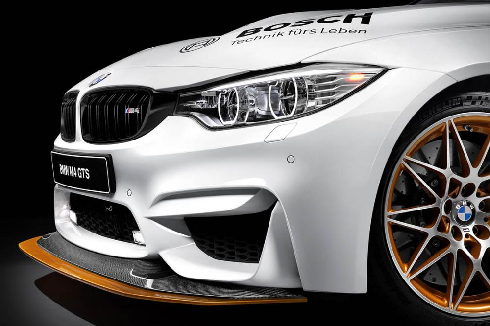 Exterieur_Bmw-M4-GTS-DTM-Safety-Car_5