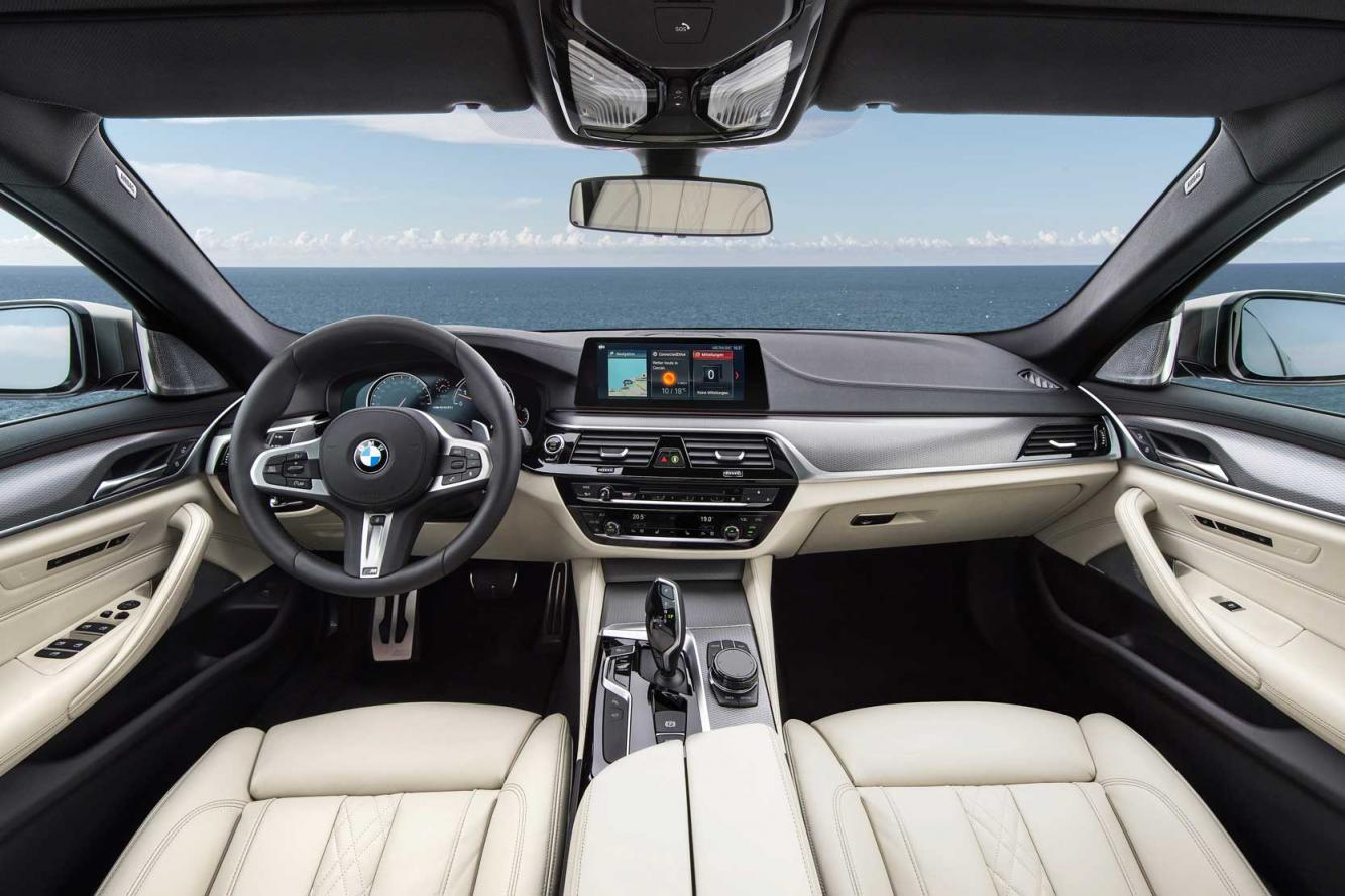 Interieur_Bmw-M550i-xDrive_28