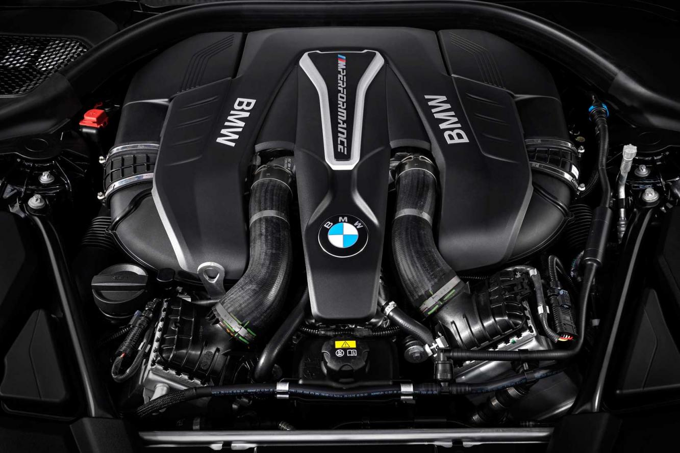 Interieur_Bmw-M550i-xDrive_32