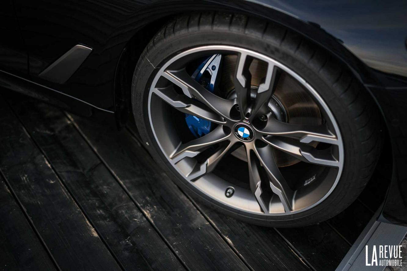 Interieur_Bmw-M550i-xDrive_30