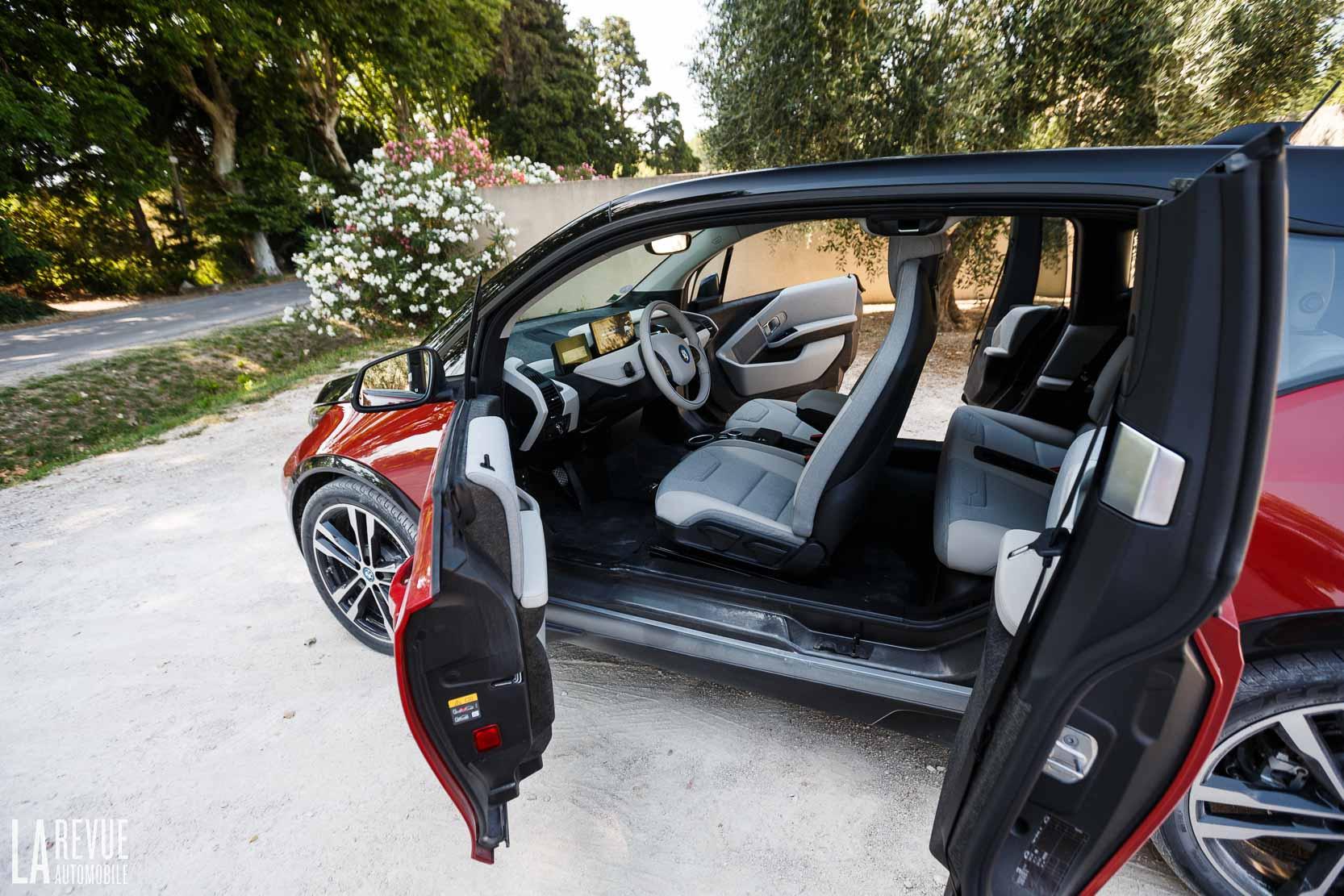 Interieur de la BMW i3s, une voiture électrique